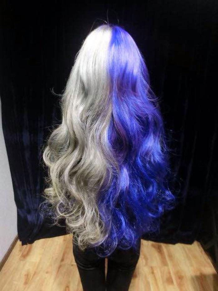 甜美少女的羊毛卷发型图片,增加发亮总有一款适合你