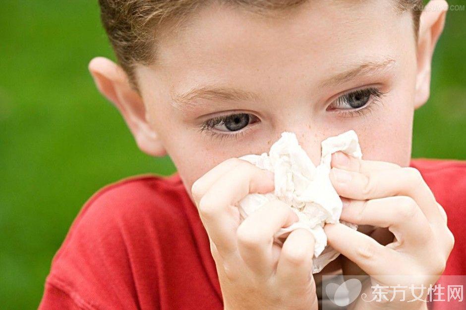 天气干燥流鼻血怎么办 这样迅速止血你做对了吗