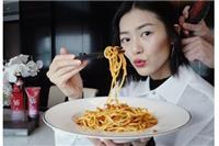 刘雯、童瑶的减肥餐食谱≮减肥餐≯这些有体重危机的女星都吃什么