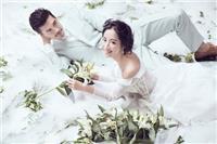 婚纱照如何拍出大片感觉,这四个姿势效果更自然