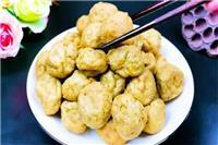 豆腐怎么做好吃,放一点肉进去吃起来酥脆 家人赞不绝口