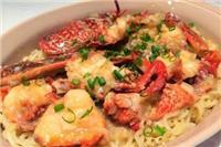 波士顿大龙虾的做法大全,蒜蓉龙虾煮面吃鲜掉舌头