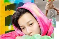 HE9队长刘雨欣酷爱扎染 雷鬼风格扎染T恤制霸时尚顶端